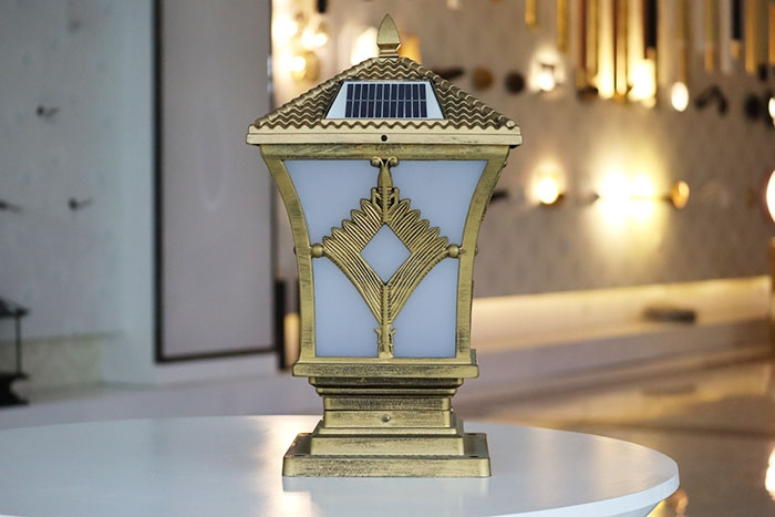 新菱形柱头灯 太阳能柱头灯批发