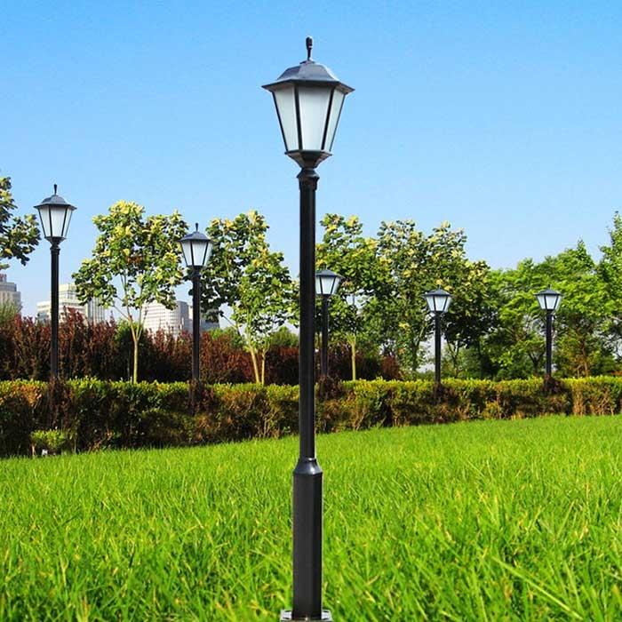 太阳能庭院灯灯杆