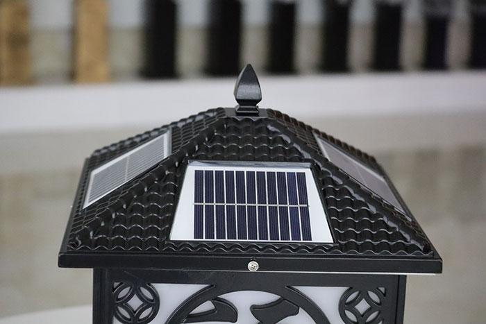 太阳能柱头灯 金钱福柱头灯